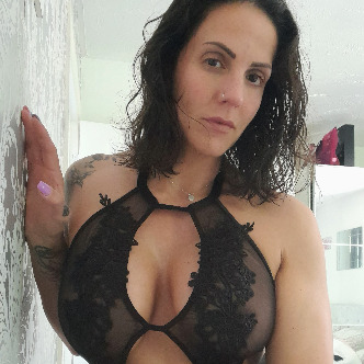 Webcam Chat with SashaPop